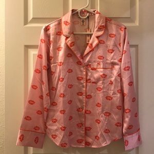 Shirt ONLY 💖 VS The Afterhours Satin Pajama Shirt